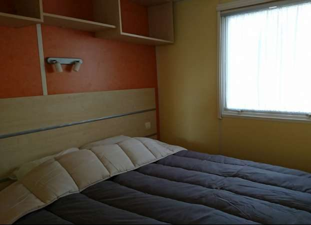 Chambre mobile home camping 17